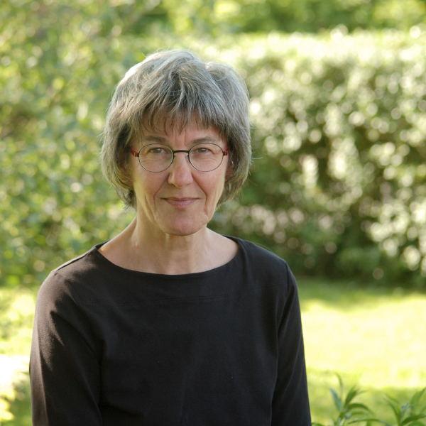 Judith Arlt -quadratisch-web-2-(c)freistern
